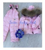 Глянцевый костюм нежно-розовый (пуховик, штаны с подтяжками) Moncler